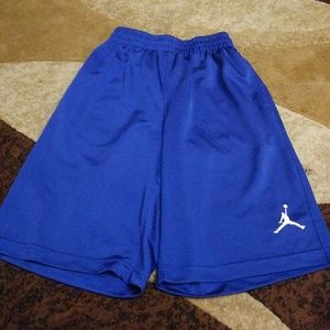 Jordan basketball shorts kids m